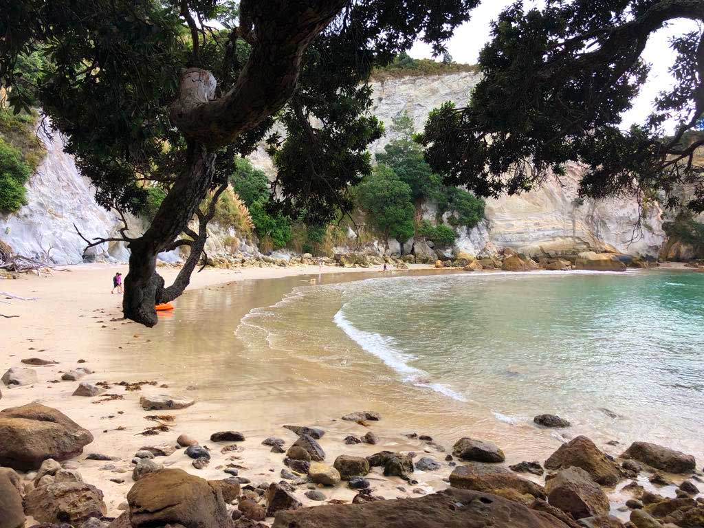 Stingray-Bay-Cathedral-Cove