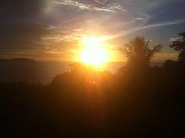 Onderweg maakte ik deze foto van de zonsondergang