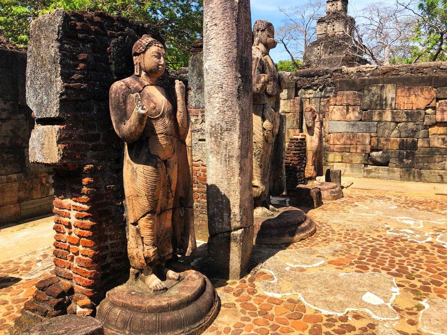Hatadage-Polonnaruwa