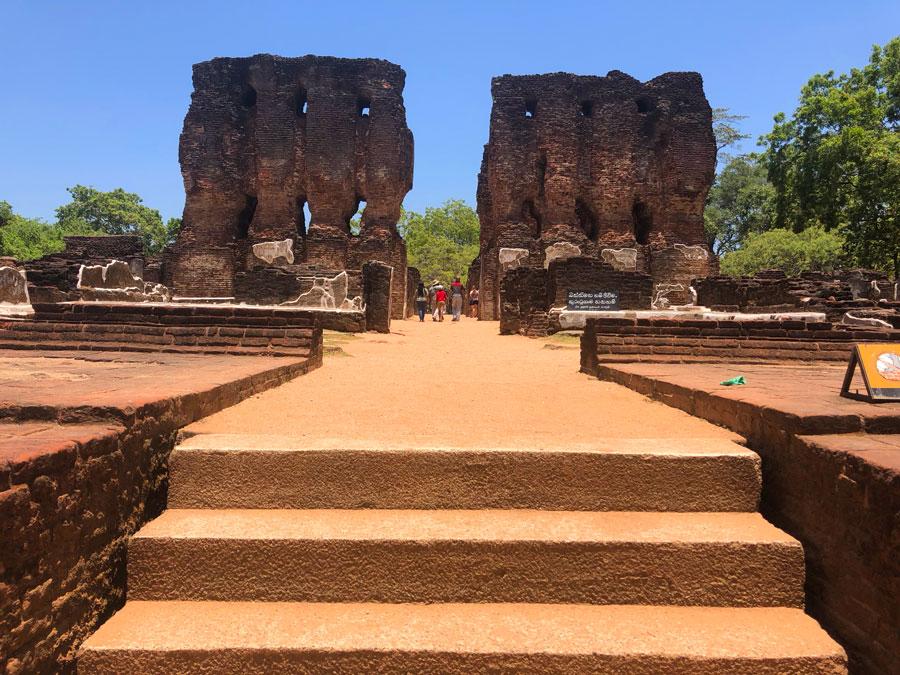 Royal-Palace-Polonnaruwa