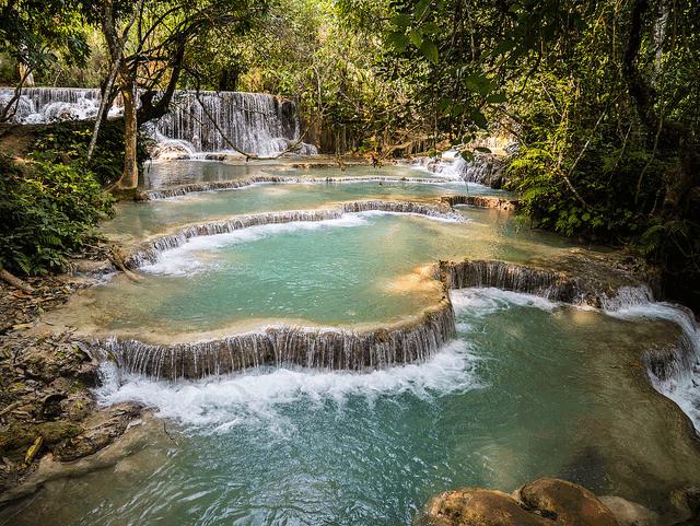 Kuang-Si-waterfall