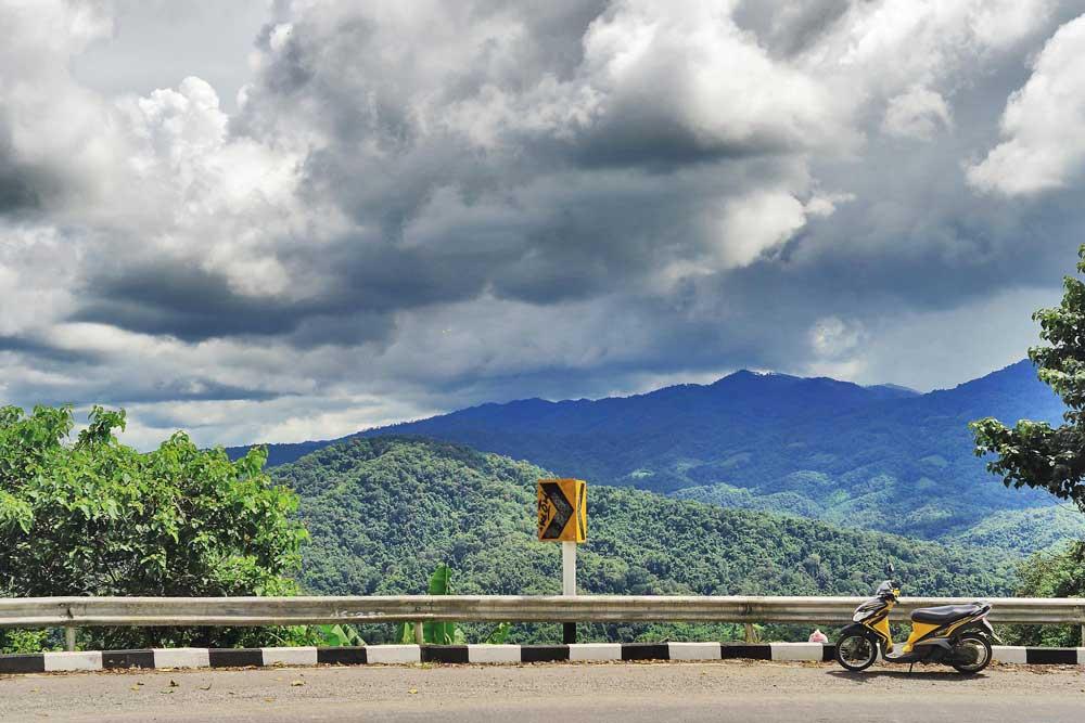 Van-Pai-naar-Chiang-Mai-met-scooter