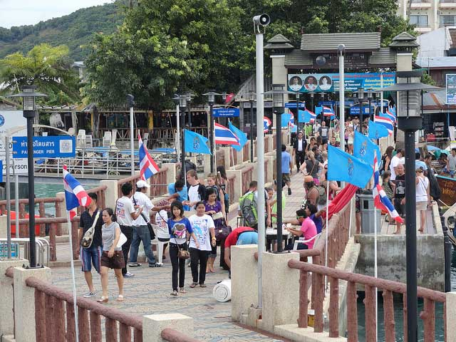 Tonsai Pier Phi Phi