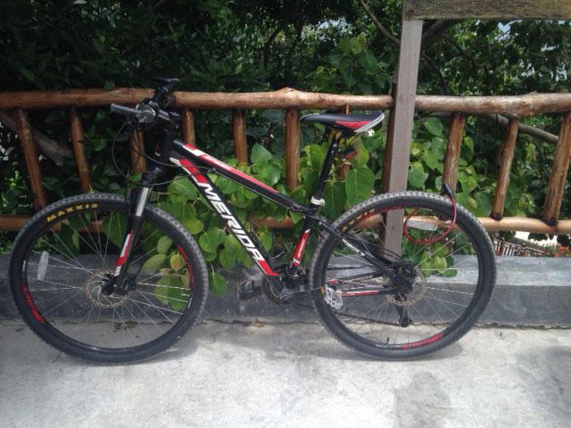 Dit is de mountainbike die ik gehuurd heb, mooi ding hè?