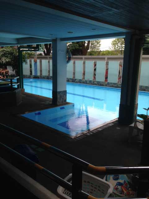 Het zwembad van New Siam Guest House 2
