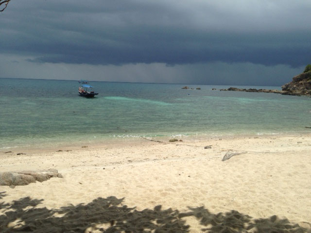 Sai Daeng Beach bewolking