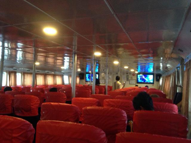 Een tip voor in de fast-boot: ga zo ver mogelijk naar voren zitten - achterin bevindt zich namelijk de vriezende airco