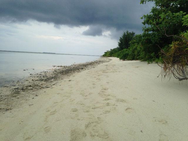 gleyang-island-strand-2