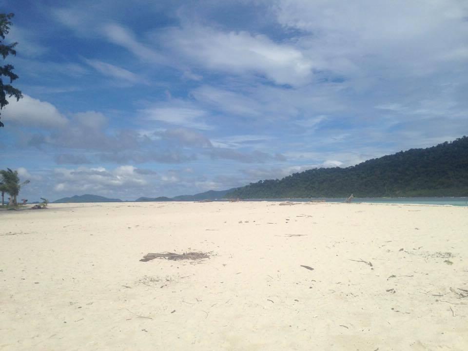 Koh Lipe Sunrise Beach 2