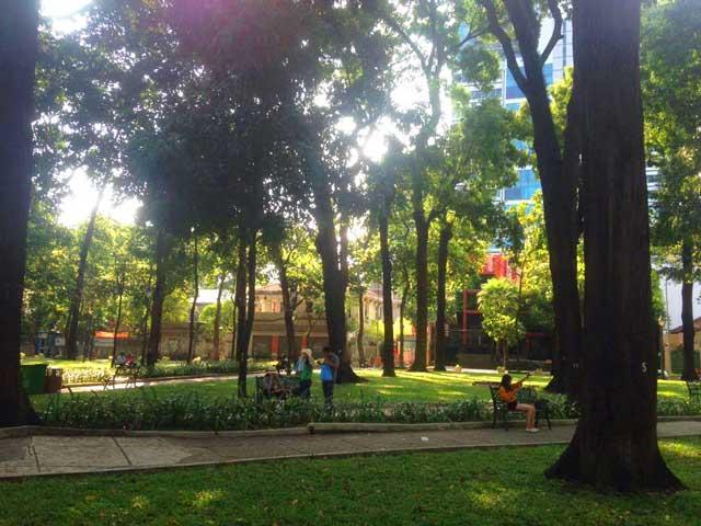 Ho-Chi-Minh-City-park