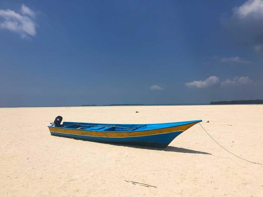 Ohoidertawun-Beach-Kei-Kecil-2