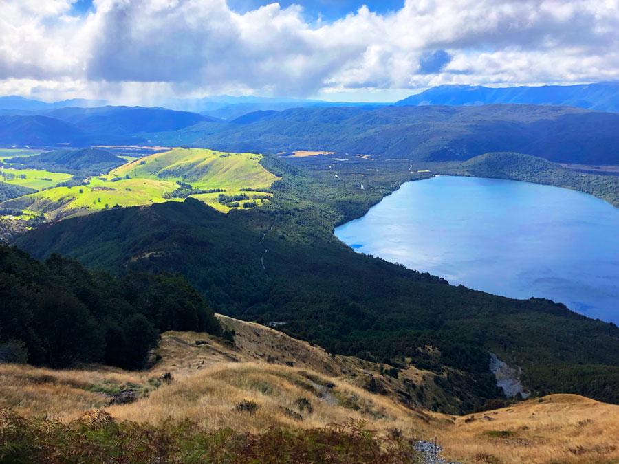 Mount-Robert-Nelson-Lakes-National-Park