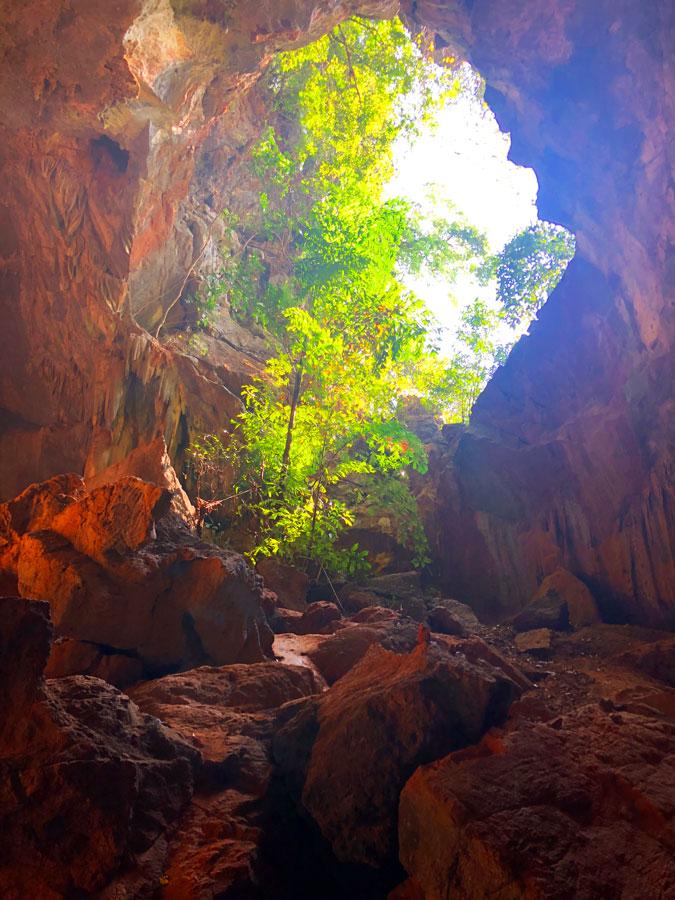 Sadan-Cave